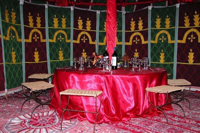 location de tente caidale marocaine dans le var